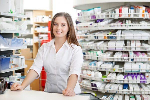 Nên học Dược hay Điều dưỡng? Ngành nào có nhiều cơ hội việc làm?