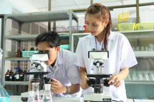 Học xét nghiệm Y học ra làm gì?
